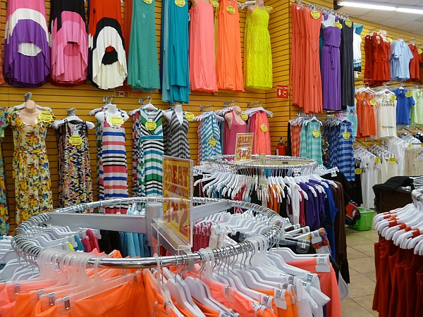 Travel clothing stores